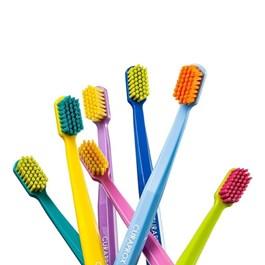 Escova Dental Curaprox CS 1560 Soft Cores Sortidas 1 unidade